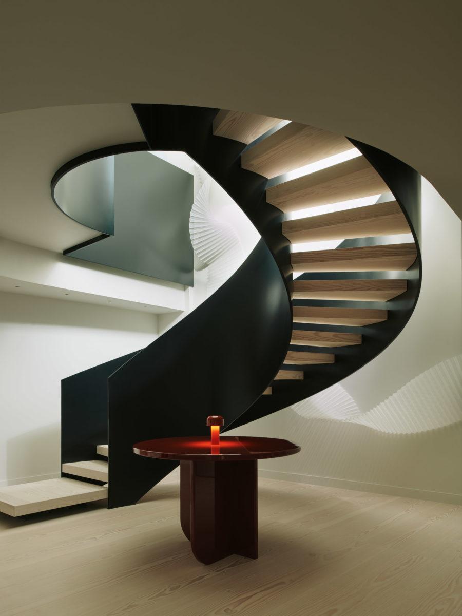 191112 Tvc Waldo Works Shot 07 Stairs Web