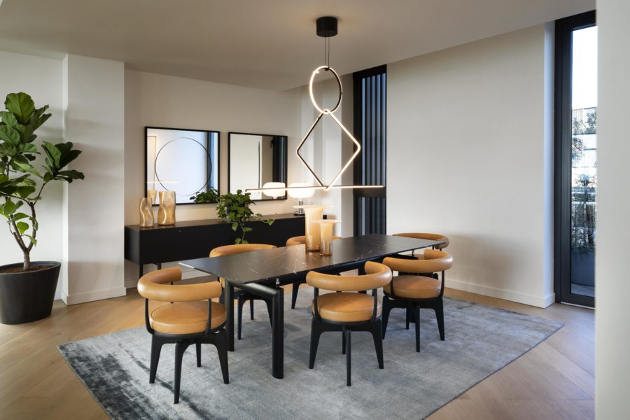C4 801 Cassina Apartment At Tvc Dining Table Credit Paul Raeside